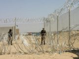 Thousands stranded as Afghan-Pakistan border crossing stays closed